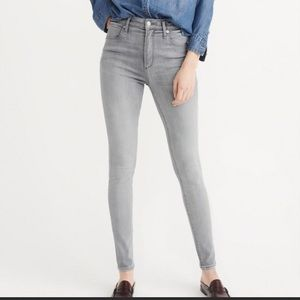 Abercrombie Simone High Rise Super Skinny Jeans 4L